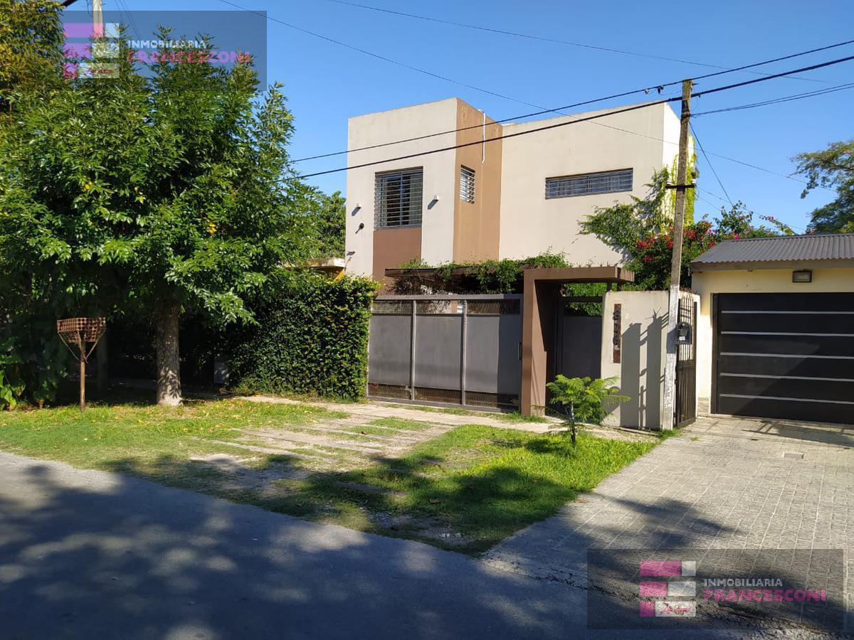 Foto Casa en Venta en  City Bell,  La Plata  15 464 y 465