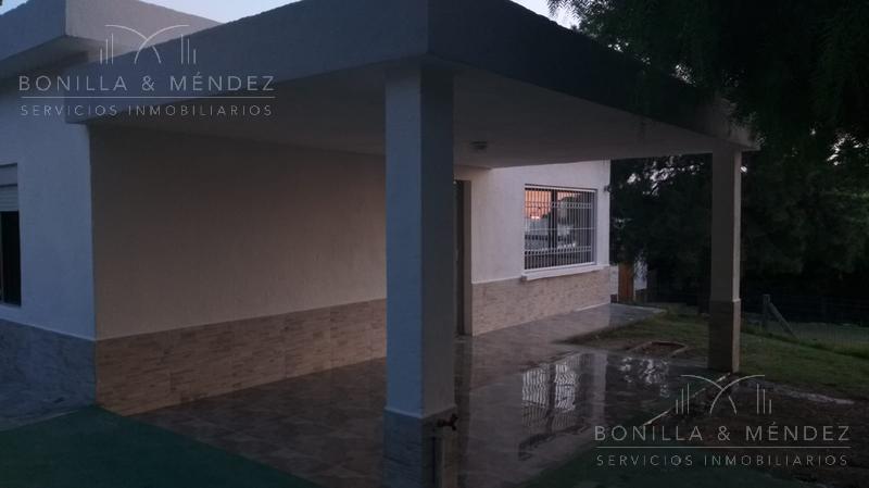 Foto Casa en Venta en  Cerro del Toro,  Piriápolis  Zolezzi entre Piedras y Misiones