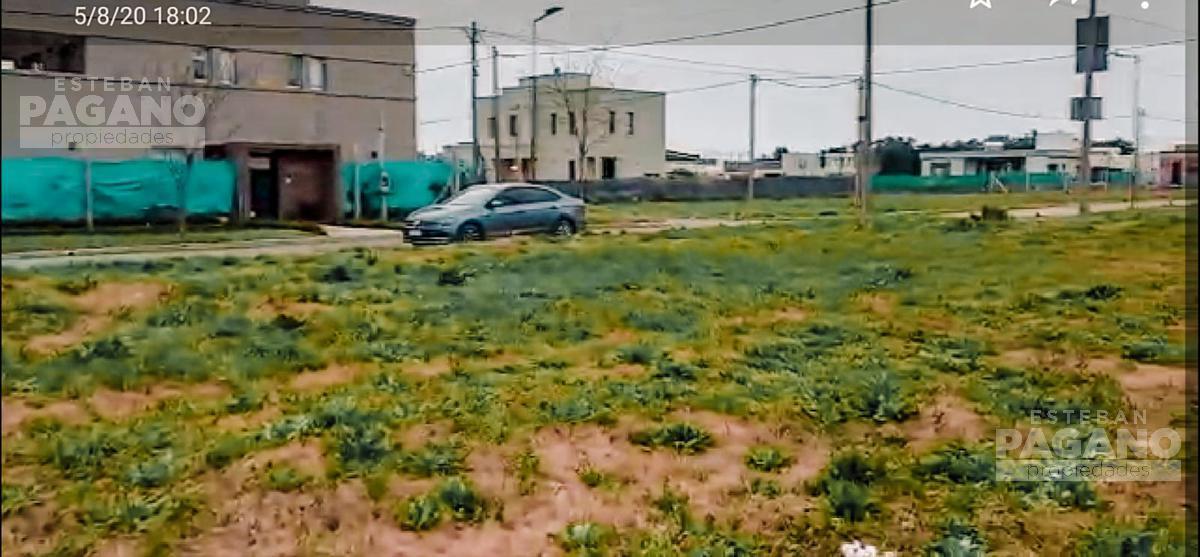 Foto Terreno en Venta en  Manuel B Gonnet,  La Plata  508 esquina 138