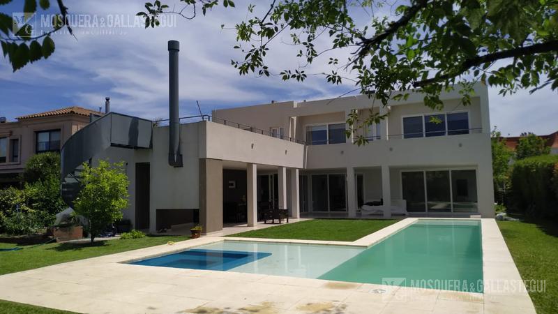 Foto Casa en Alquiler temporario en  Las Caletas,  Nordelta  Las Caletas