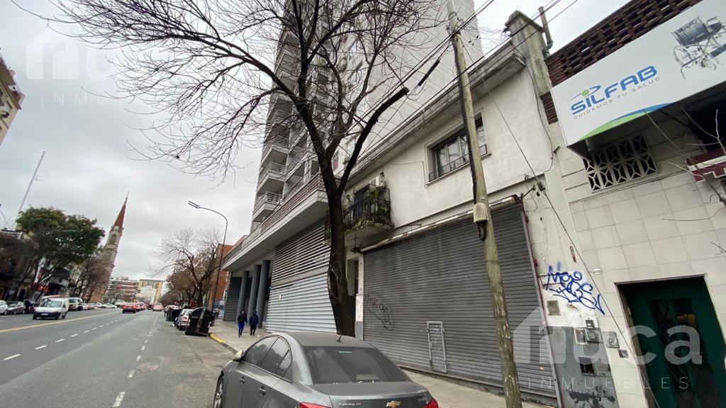 Foto Terreno en Venta en  Boedo ,  Capital Federal  Terreno para desarrollo | Av. La Plata al 1000