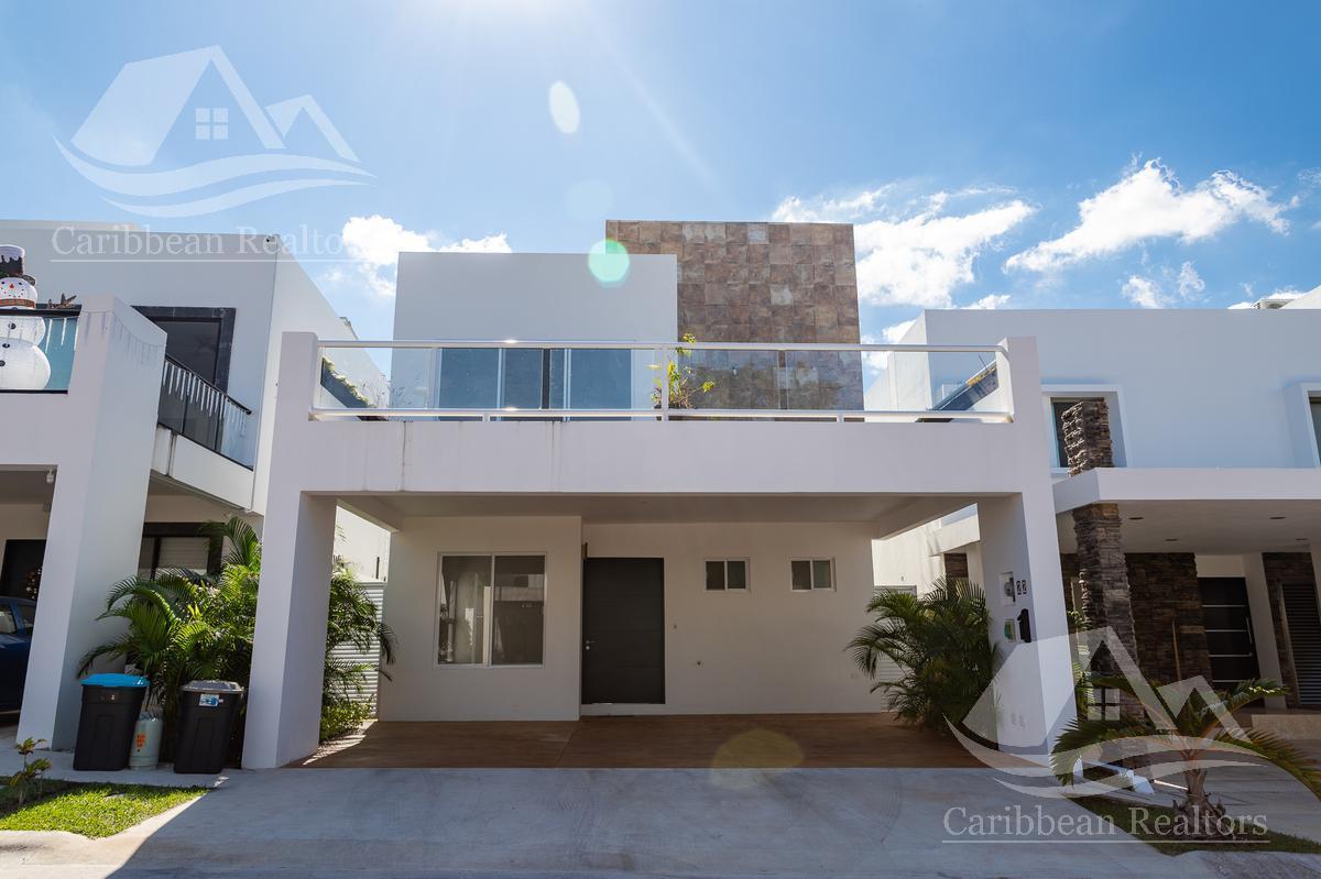 Foto Casa en Venta en  Residencial Cumbres,  Cancún  Casa en Venta en Cancun/Cumbres