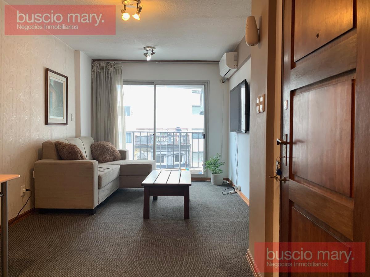 Foto Apartamento en Venta en  Tres Cruces ,  Montevideo  Tres Cruces