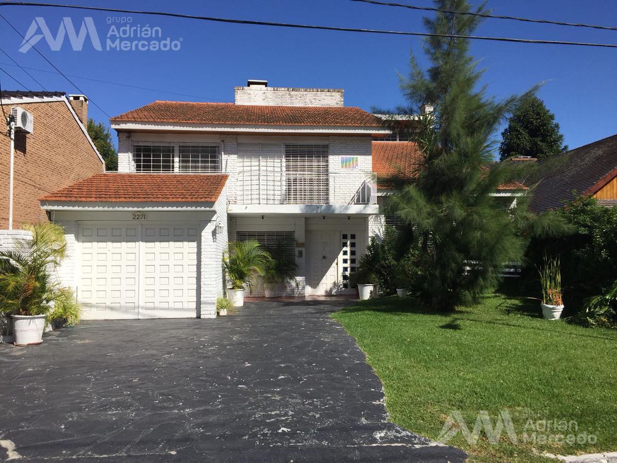 Foto Casa en Venta en  Punta Chica,  San Fernando  Alejandro Aguado al 2300, Punta Chica