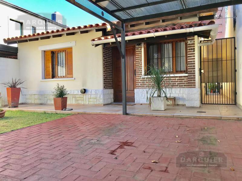 Foto Casa en Venta en  Adrogue,  Almirante Brown  BOUCHARD 465