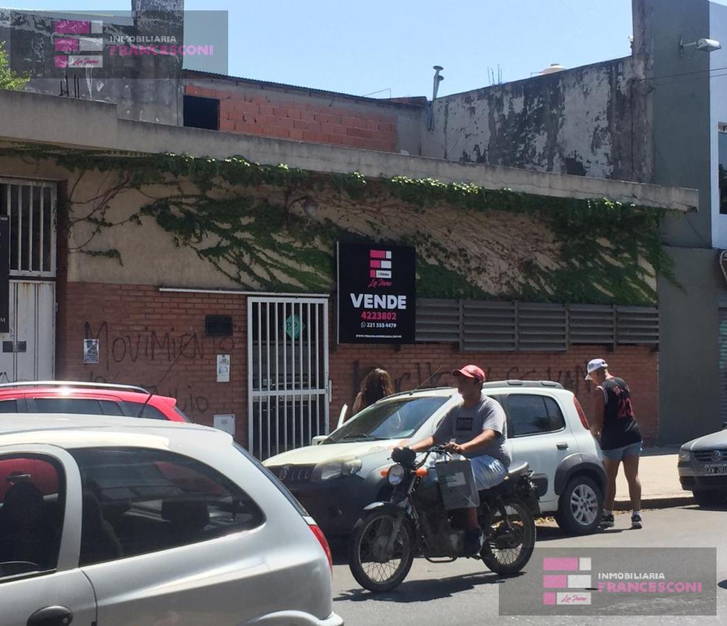 Foto Local en Venta en  La Plata,  La Plata  3  42 y 43