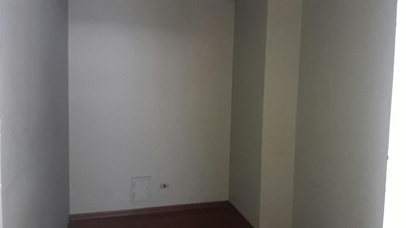 Foto Oficina en Alquiler en  Norte de Guayaquil,  Guayaquil  ALQUILO DE OPORTUNIDAD OFICINA KENNEDY NORTE