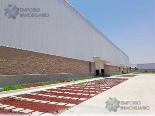 Foto Bodega Industrial en Renta en  Rancho los Ocampo,  Tlajomulco de Zúñiga  Nave Industrial Renta Carr. Tlajomulco - San Miguel Cuyutlán $140,614 B390 E1