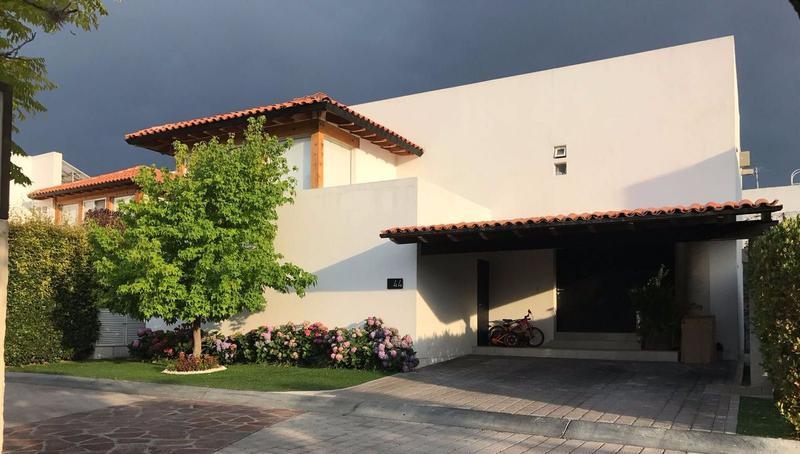 Foto Casa en Venta en  Fraccionamiento El Campanario,  Querétaro  CASA EN VENTA LOMAS DEL CAMPANARIO II
