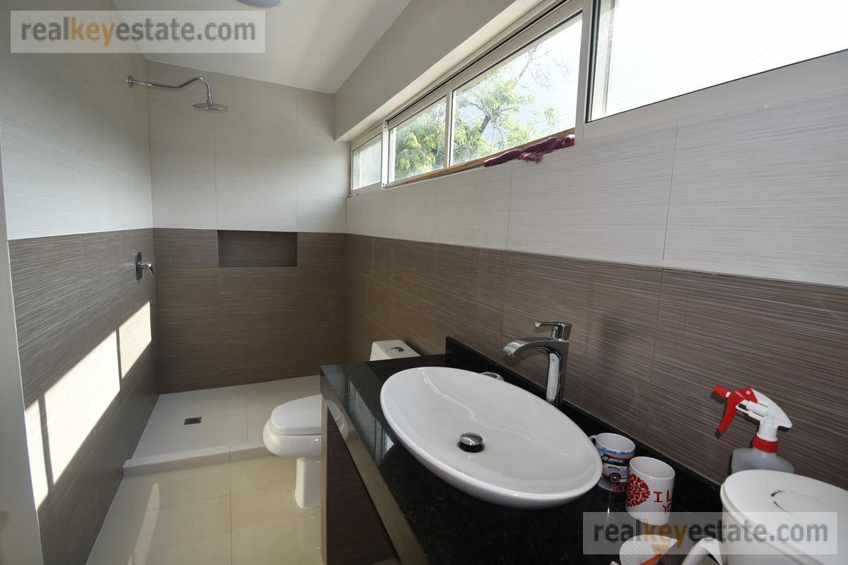 Foto Casa en Venta en  Lagos del Bosque 1 Sector,  Monterrey  CASA EN VENTA EN LAGOS DEL BOSQUE, MONTERREY, N.L.