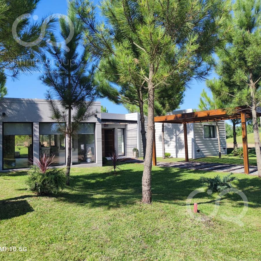 Foto Casa en Venta en  Barrio Costa Esmeralda,  Pinamar  Casa en Costa Esmeralda - Ecuestre