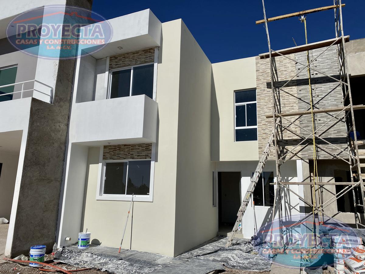 Foto Casa en Venta en  Jorge Herrera Delgado,  Durango  CASAS FRENTE AREA VERDE CON RECAMARA EN PLANTA BAJA POR SALIDA A MEXICO, FRAC. JHD