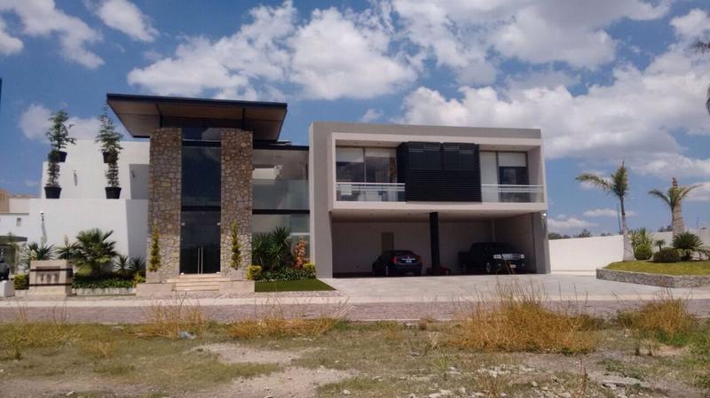 Ruiz Ruiz Bienes Raices Casa En Venta En Gran Jardin Casa