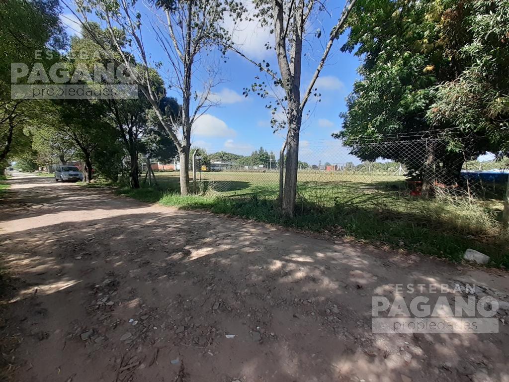 Foto Casa en Venta en  Villa Parque Sicardi,  La Plata  14 658 y 659