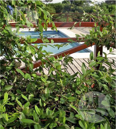 Foto Hotel en Venta en  Villa Gesell ,  Costa Atlantica  CONFIDENCIAL