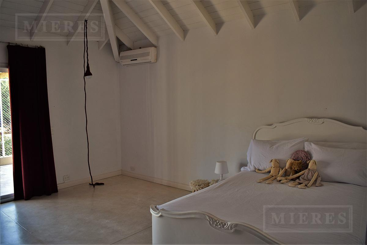Casa de 230 mts. en La Pradera