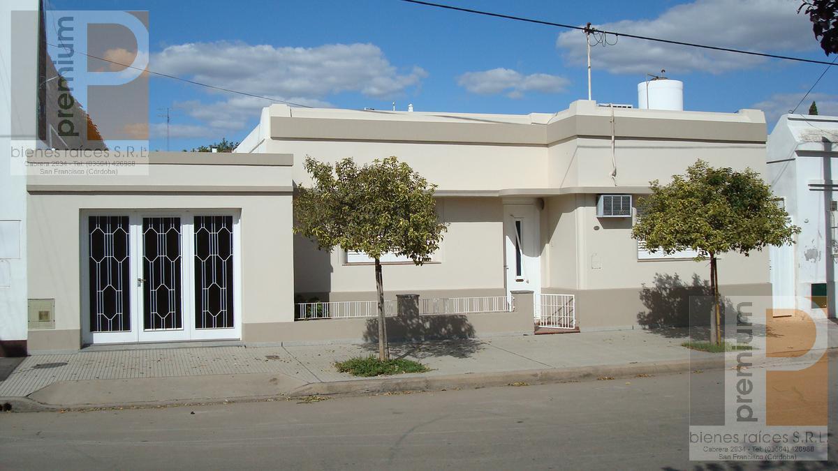 Foto Casa en Venta |  en  Roca,  San Francisco  Belisario Roldán al 200