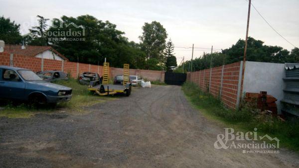 Foto Local en Venta en  Ezeiza ,  G.B.A. Zona Sur  Ruta al 205 Lucio Salvadores