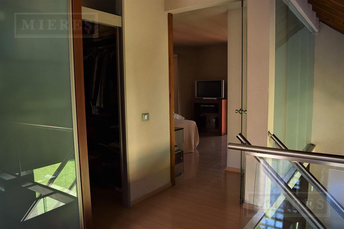 Casa de 250 mts. en La Caballeriza