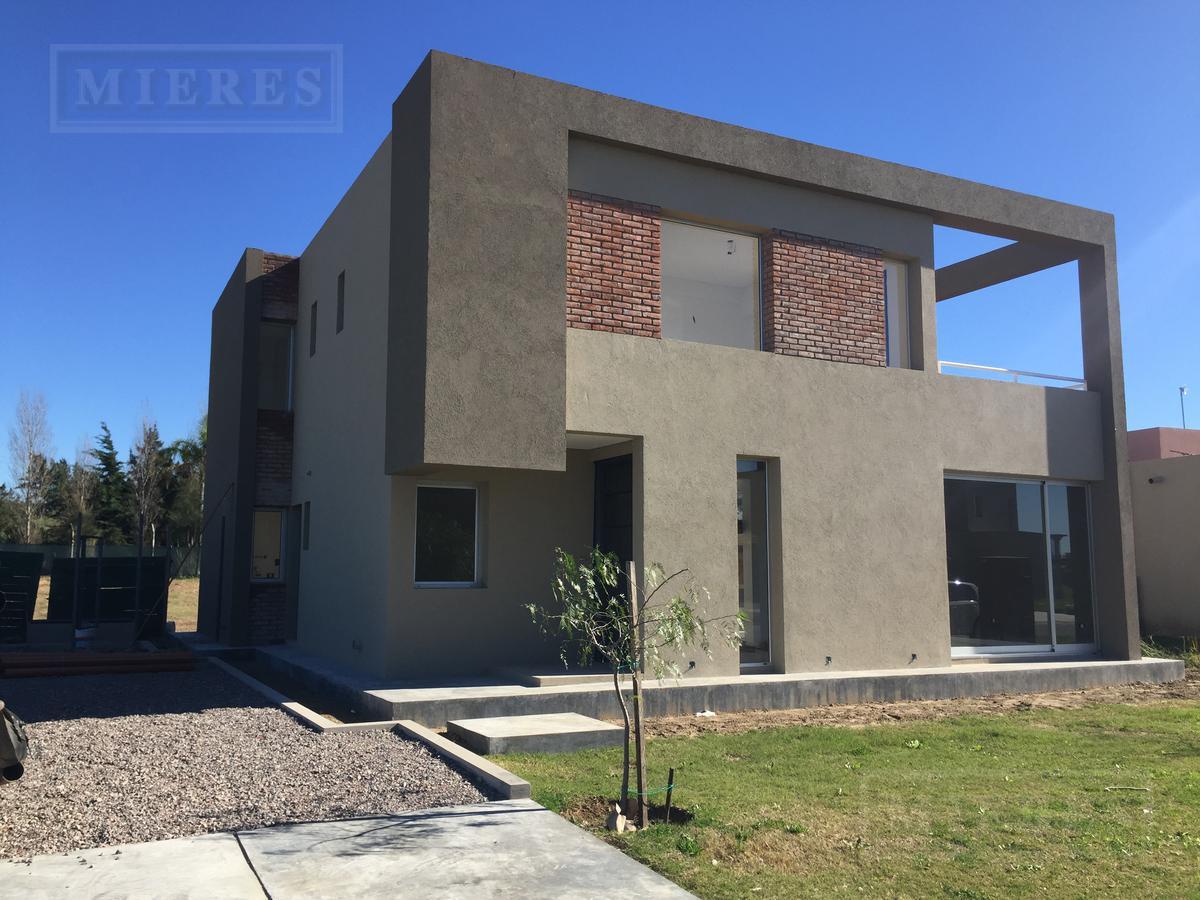 Casa en San Gabriel, Villanueva