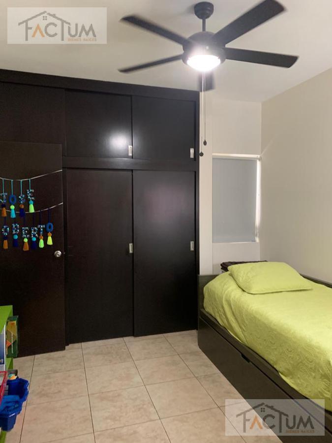 Foto Casa en Venta en  Monterrey ,  Nuevo León  CASA EN VENTA EN COL.  PEDREGAL LA SILLA