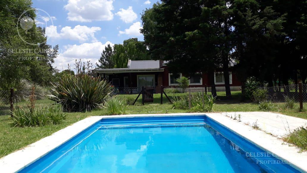 Foto Casa en Alquiler temporario en  La Arbolada de Capilla,  Countries/B.Cerrado (Exaltación)  Alamo al 100