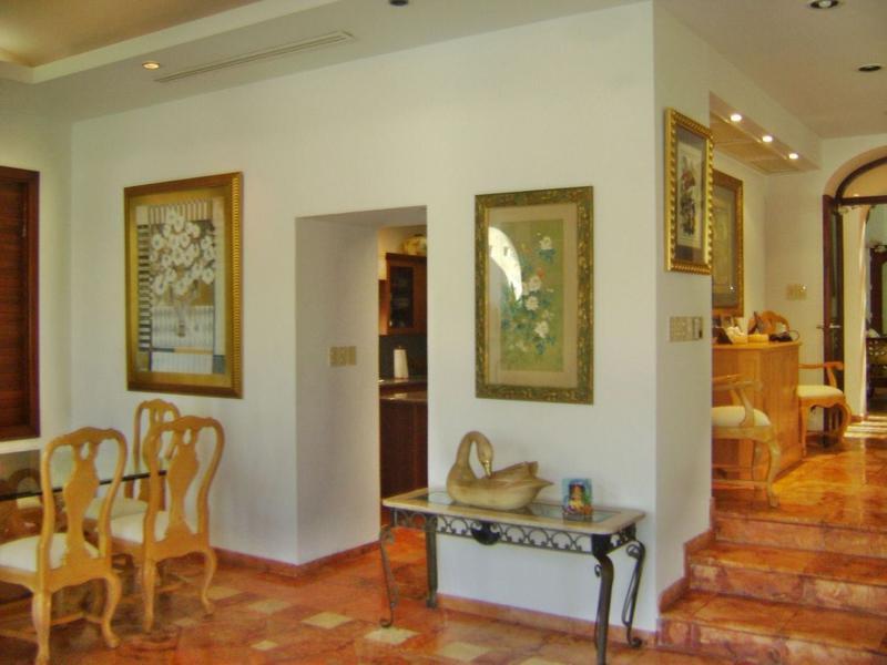 Zona Hotelera Casa for Venta scene image 18
