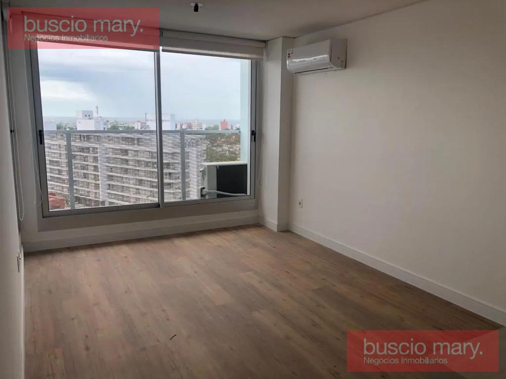 Foto Apartamento en Alquiler en  Malvín ,  Montevideo  Malvín