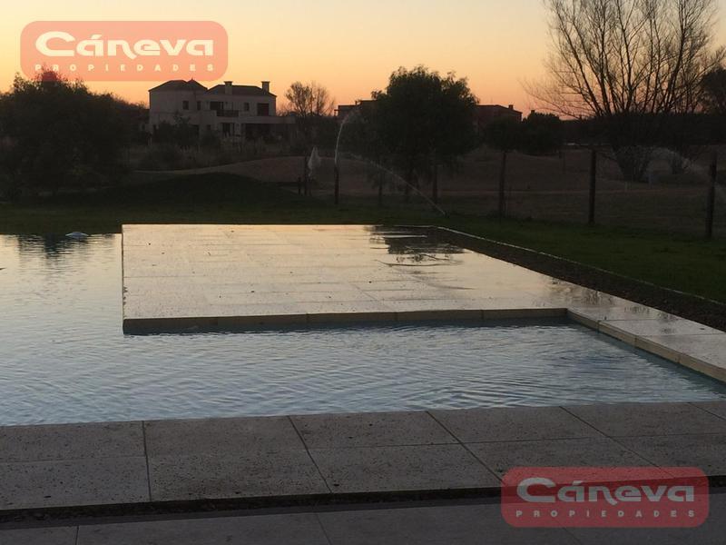 Foto Casa en Venta en  Estancias Del Pilar,  Countries/B.Cerrado (Pilar)  ESTANCIAS DE PILAR