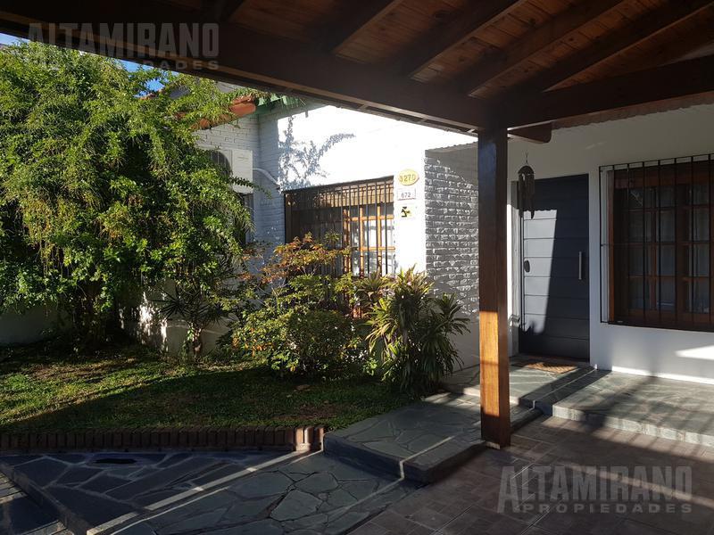 Foto Casa en Venta en  Villa Ballester,  General San Martin  Bolivia al 3200