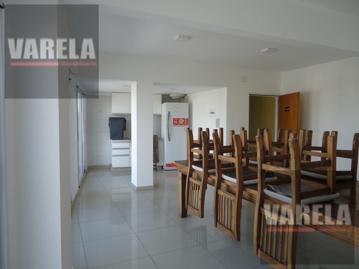 Foto Departamento en Venta en  Flores Norte,  Flores  Gavilán 800