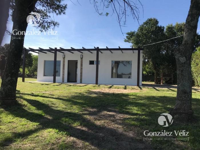 Foto Casa en Alquiler en  Carmelo ,  Colonia  Casa cerca de CALCAR - Calle 3 casi ruta 21