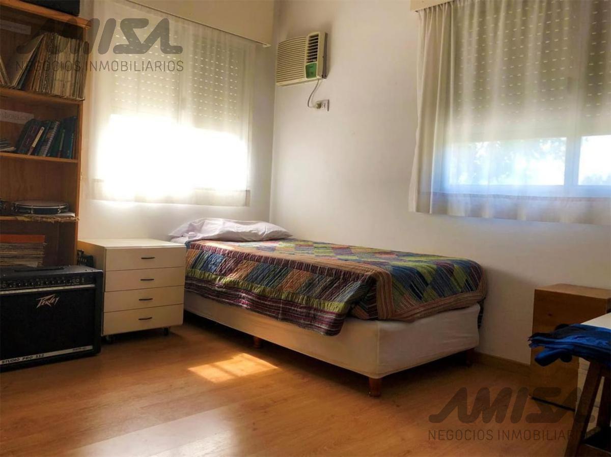 Foto Casa en Venta en  Zona Oeste,  Rosario  Country Carlos Pellegrini