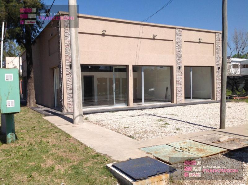 Foto Local en Alquiler en  La Plata ,  G.B.A. Zona Sur  141 43y35