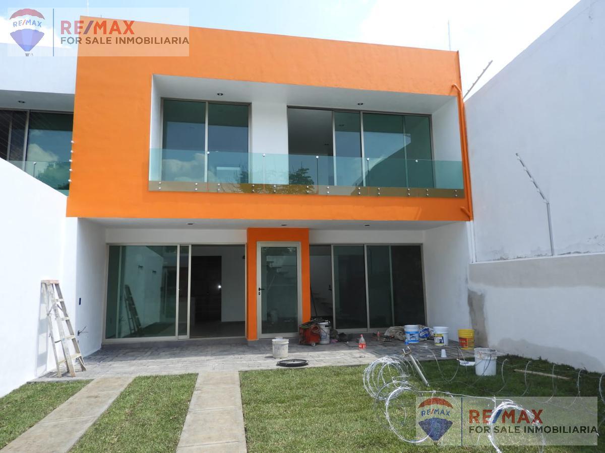Foto Casa en Venta en  Lomas de Tetela,  Cuernavaca  Fracc. Lomas Tetéla