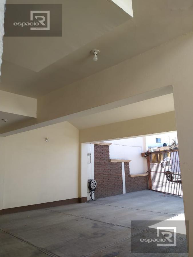 Foto Casa en Venta en  Los Frailes,  Chihuahua  CASA EN VENTA CERCA DE FRANCISCO VILLA Y AMERICAS EN COL FRAILES