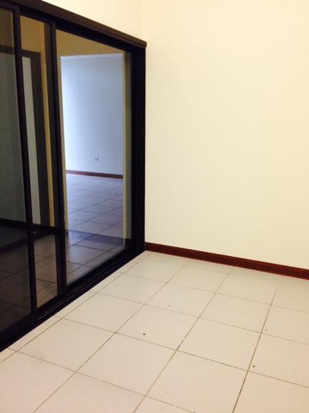 Foto Oficina en Renta en  San Rafael,  Escazu  Oficina en Segundo Piso Guachipelin