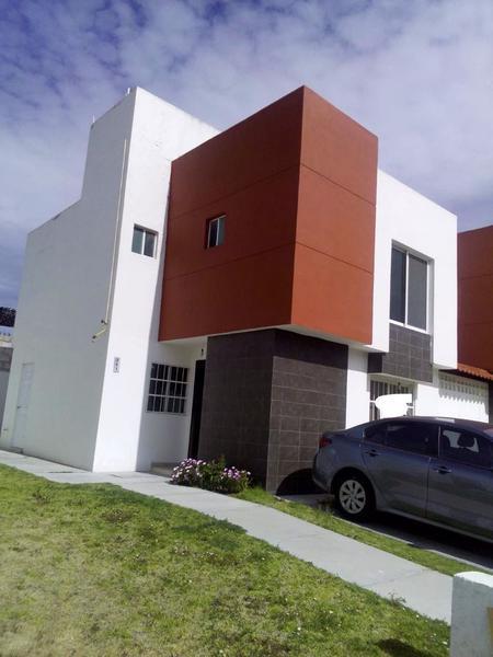 Foto Casa en Venta en  Fraccionamiento Banús,  San Agustín Tlaxiaca  Fraccionamiento Banús