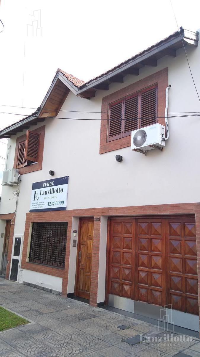Foto PH en Venta en  Lanús Este,  Lanús  Blanco encalada al 1200