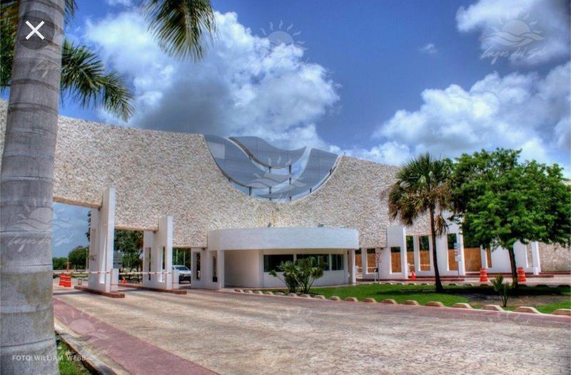 Foto Terreno en Venta en  Lagos del Sol,  Cancún  Terreno en Venta en Caimanes Fracc lagos del Sol Cancun C2464