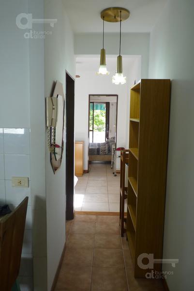 Foto Departamento en Alquiler temporario en  San Telmo ,  Capital Federal  Chacabuco al 900