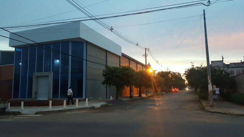 Foto Local en Alquiler en  Los Laureles,  La Recoleta  Boggiani Y Pitiantuta