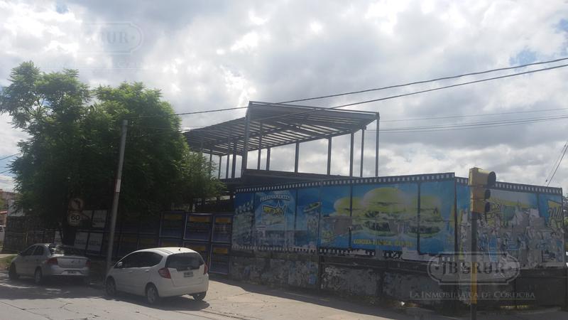 Foto Local en Alquiler en  Arguello,  Cordoba  Rafael Nuñez esquina Potet Junot
