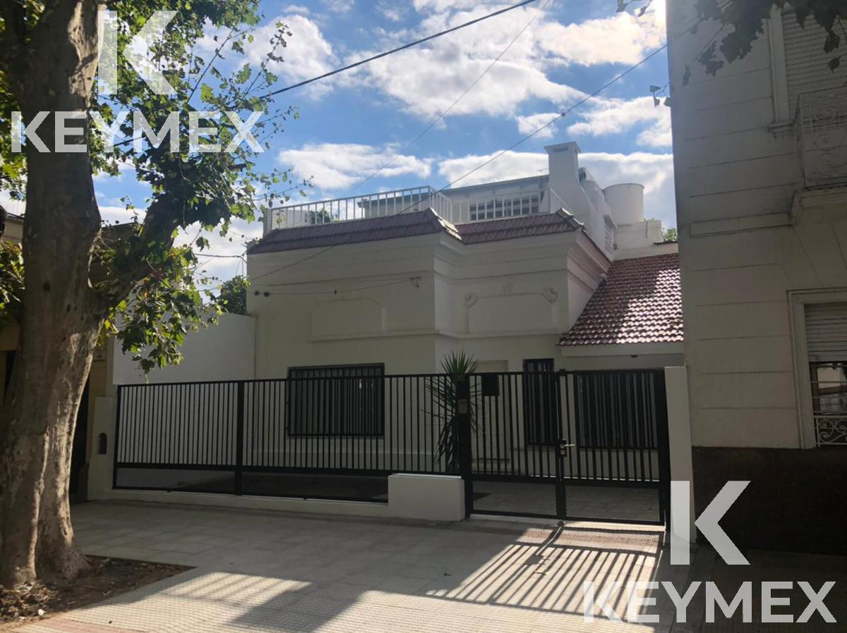 Foto Casa en Venta en  La Plata ,  G.B.A. Zona Sur  casa en venta diagonal 80