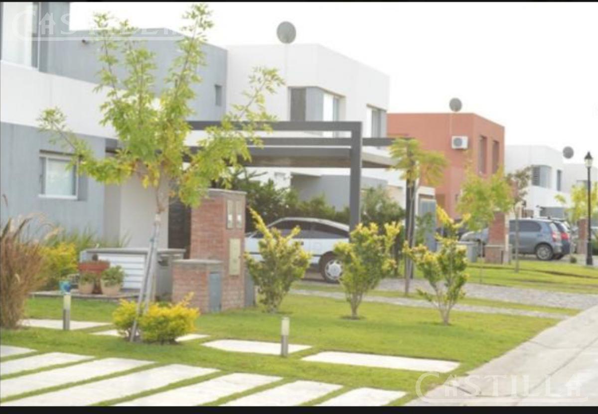 Foto Casa en Venta en  Tigre,  Tigre  Santa Maria de Tigre
