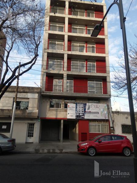 Foto Departamento en Alquiler en  Centro Sur,  Rosario  CERRITO 35 06-02