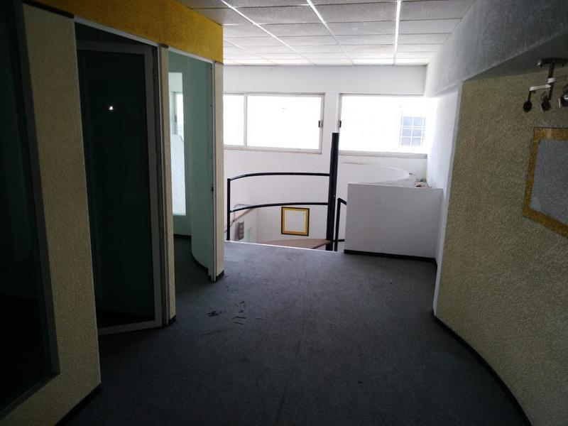 Foto Oficina en Renta en  Ecatepec de Morelos ,  Edo. de México  En Renta amplia oficina de 200 m2 en Xalostoc, Ecatepec