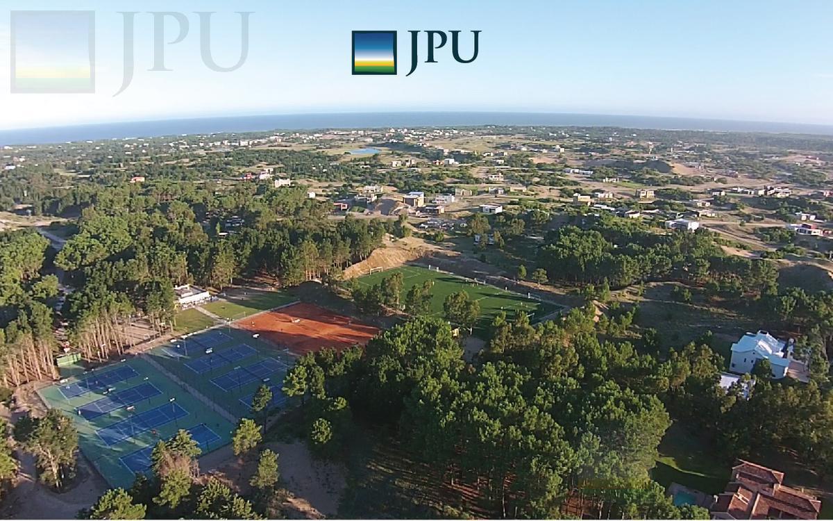 Foto Terreno en Venta en  Costa Esmeralda,  Punta Medanos  Maritimo III 41