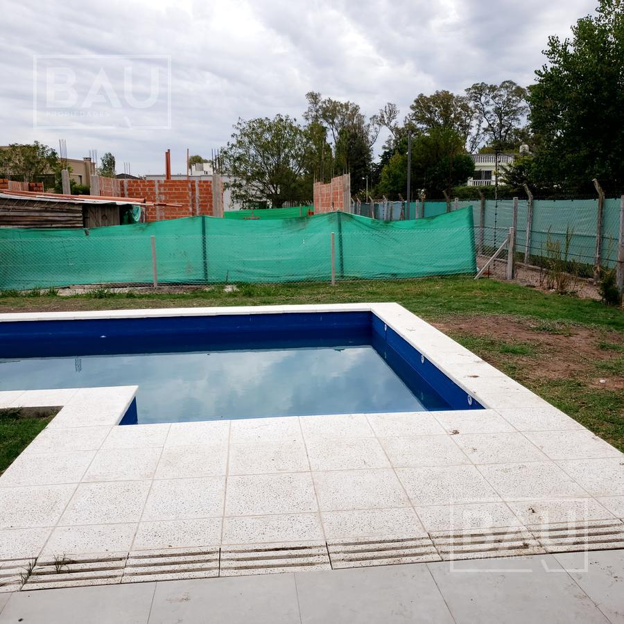 Foto Casa en Venta en  Weston,  Moreno  WESTON