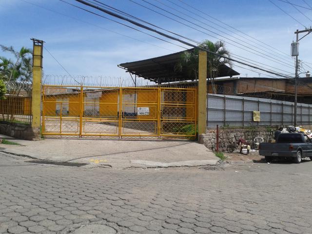 Foto Bodega Industrial en Renta en  Villa Adela,  Distrito Central  AMPLIA BODEGA EN RENTA CON AMPLIO PARQUEO TEGUCIGALPA HONDURAS